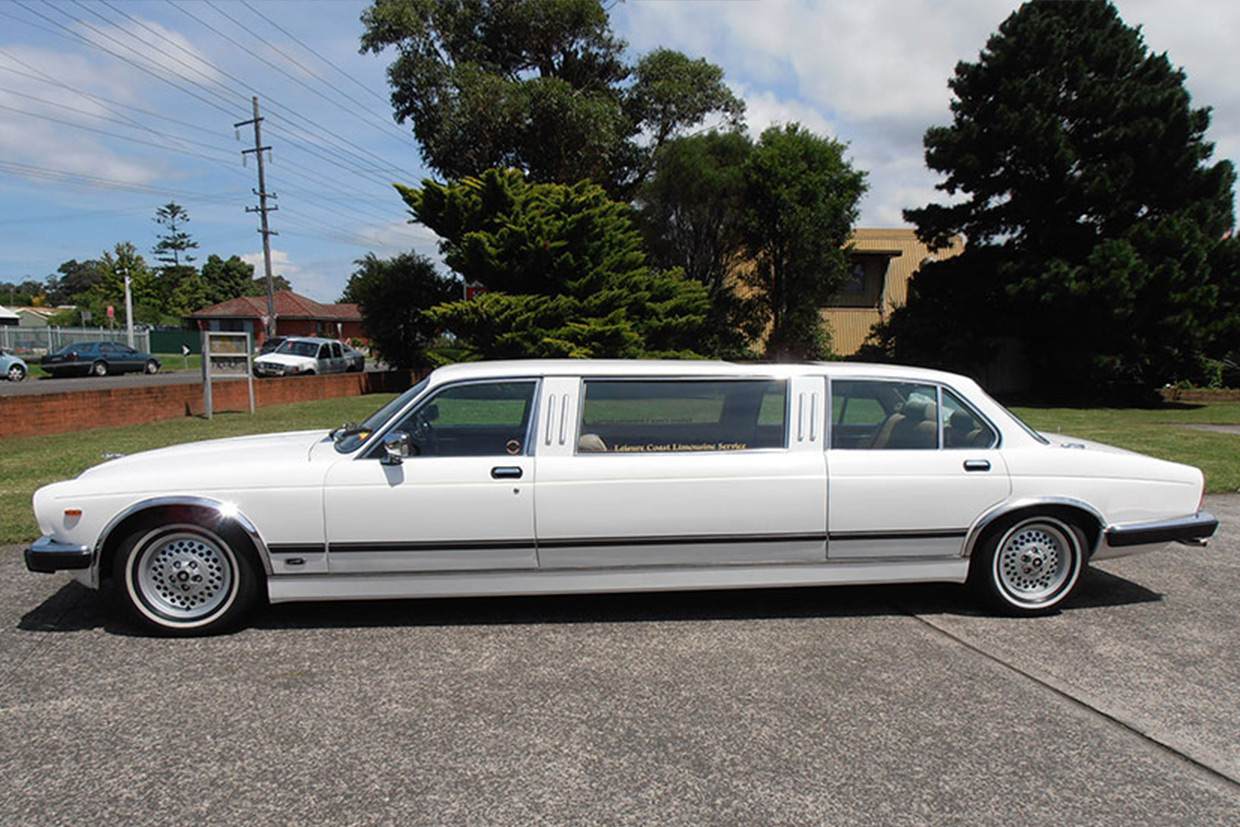 Leisure coast limousines xj6 jaguar stretch